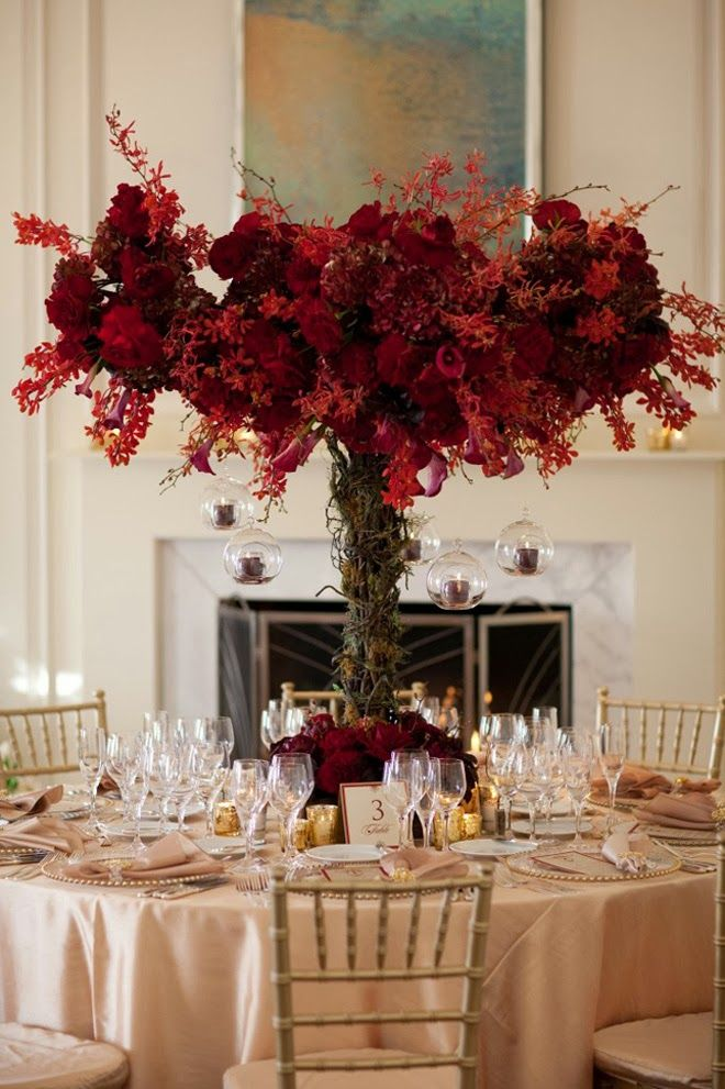 12 Fabulous Centerpieces for Fall Weddings | bellethemagazine.com