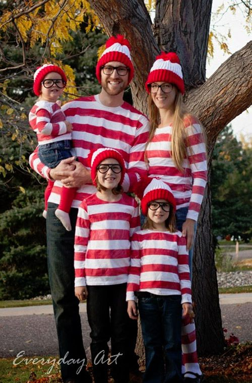 You'll have no trouble finding Waldo with these adorable Where's Waldo costumes! {Featured on OneCreativeMommy.com's Family Halloween Costume Roundup}