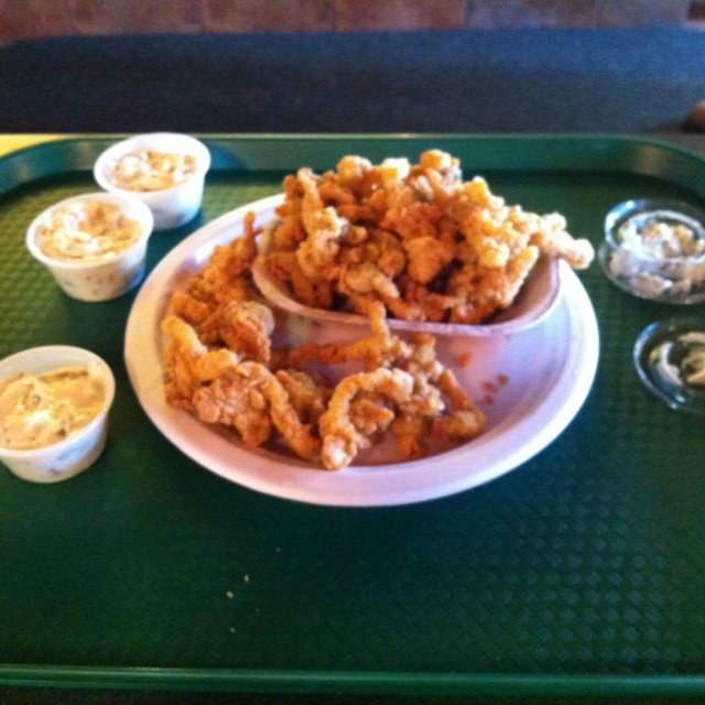 Fried Clams at the Jaffrey, NH airport cafe.  Yummy!!!!!  $12.00