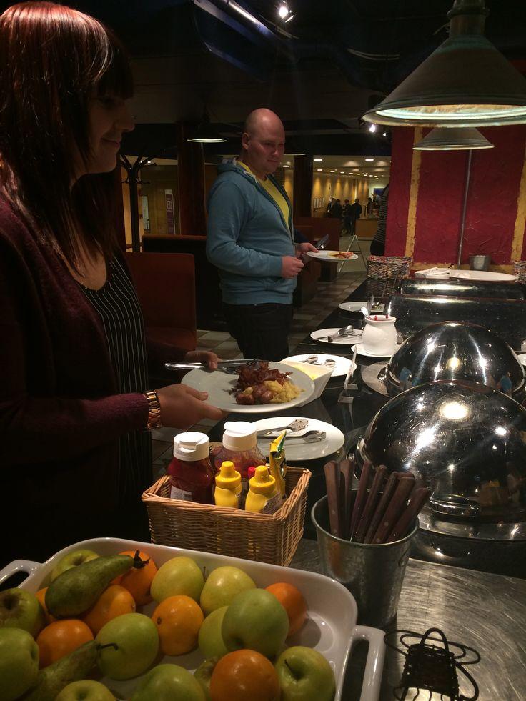 Joulukuun #someaamupala Piazza Foodfactoryssa