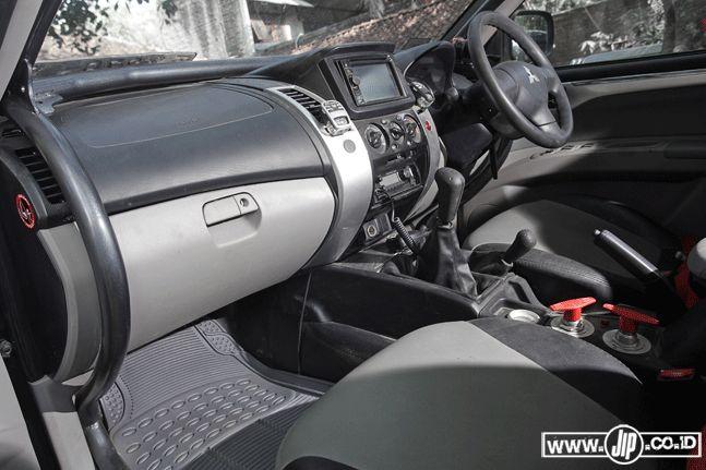 Mitsubishi Pajero Sport 4x4 2013 Hardcore Adventurer - JIP : No Road No Problem