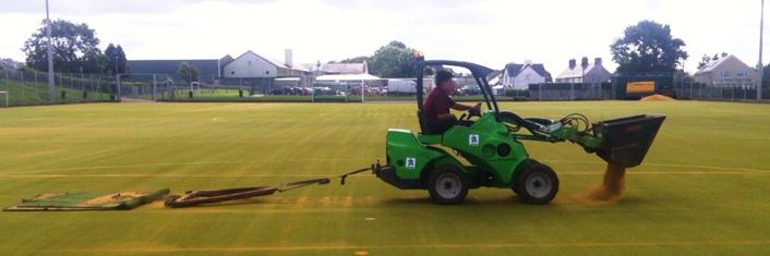 Drag Mat Synthetic Sports Surfaces Grass Pitch in Ilkeston | Drag Matting Sports Pitches Infill in Ilkeston : Synthetic Turf Pitch Maintenan...