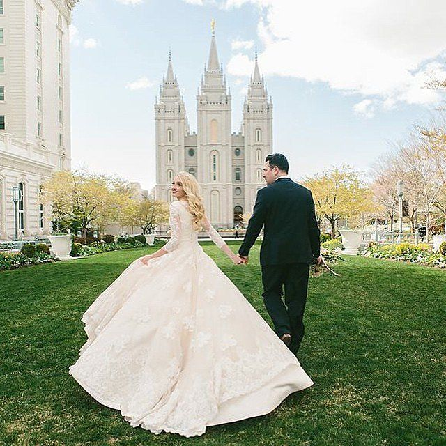 25 Brides Who Went Modest On Their Wedding Day U2014 And Completely Took Our  Breath Away. Temple Wedding DressesModest ...