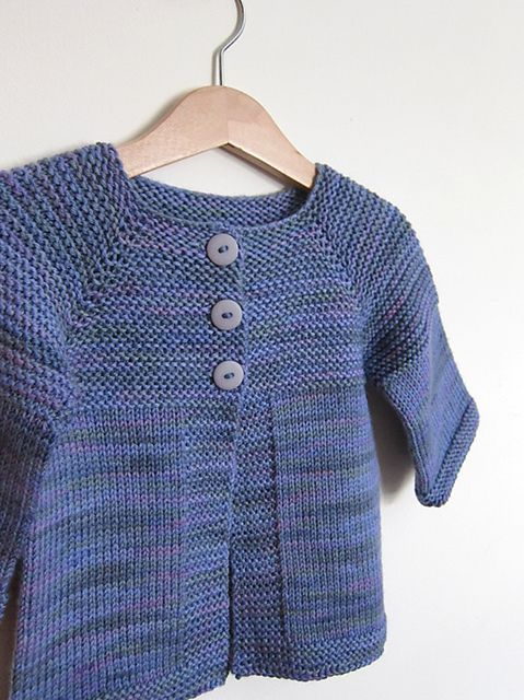 Looking for a simple and quick baby / toddler project? Elliot is a basic cardigan ideal for beginner knitters. Knit seamlessly from the top-down with worsted weight yarn,
