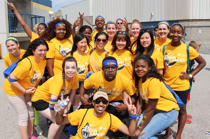 2014 Windsor Welcome Week volunteers at the Labour Day Classic!
