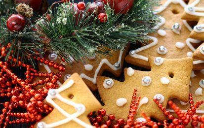 Biscotti di Natale da appendere all'albero - Un'idea buonissima e perfetta per rendere speciale il vostro albero di Natale, scopriamola insieme!