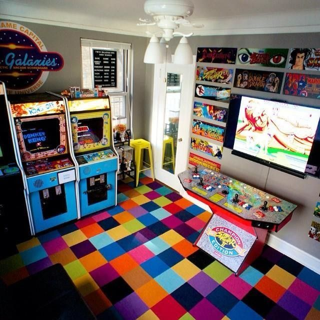 Best 25 geek bedroom ideas on pinterest geek room nerd for Geek bedroom ideas