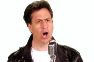 Ed Miliband Launches His Singing Career And It's What The World Needs Right Now - http://viralfeels.com/ed-miliband-launches-his-singing-career-and-its-what-the-world-needs-right-now/