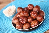 sweet and sour meatballs: Cocktails Meatballs, Meatballs Easy, Crock Pots, Crockpot, Meatballs Recipes, Sour Meatballs, Chilis, Grape Jelly Meatballs, Easy Sweet