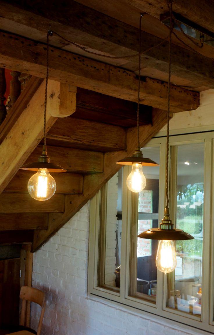 lustre à 3 ampoules à filament chez ellen desforges à Lille