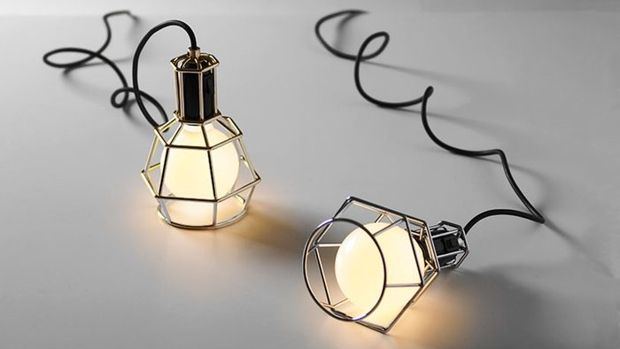 Work lamp - love these for a bed side light.Lamps Design, Design House, Work Lamps, Trav'Lin Lights, Worklamp, Pendants Lights, Products Design, Tables Lamps, House Stockholm
