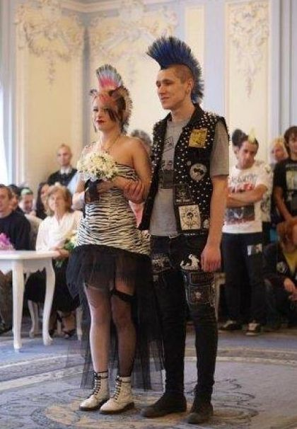 It's a nice day for a punk wedding.  > Oh! How I want to get re-married to Robert, the way I wanted to the FIRST time :)