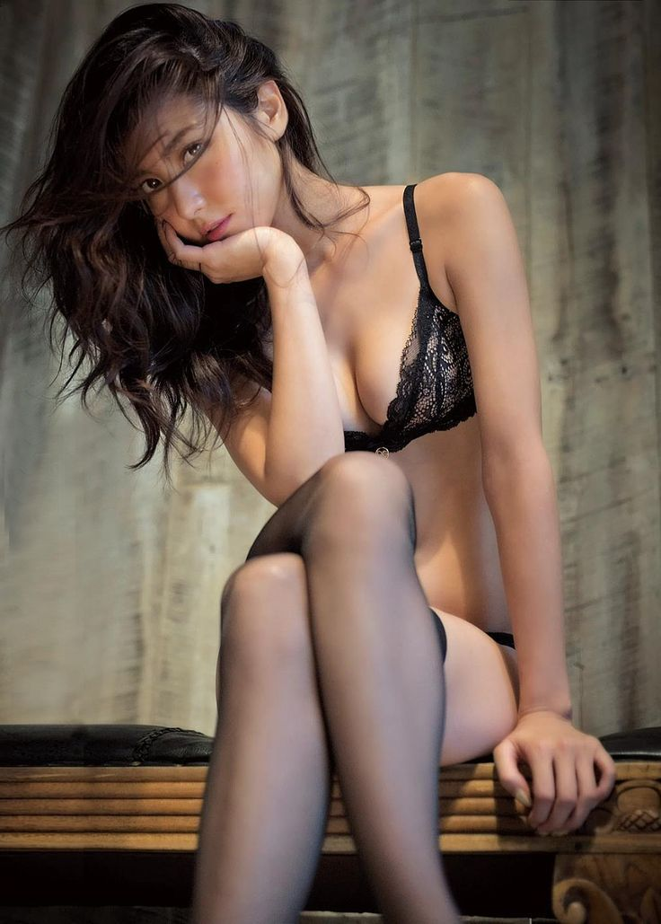 Real escort pictures nude cougars