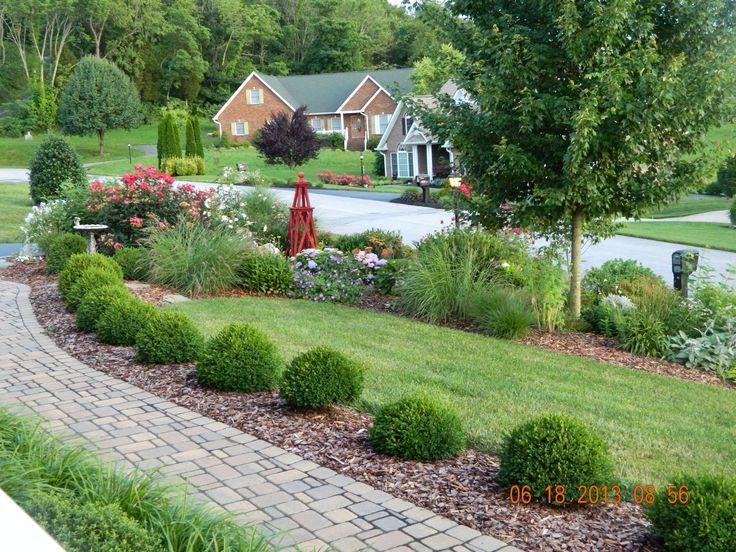 Front Yard Landscape Design Good Balance Of Elements Here