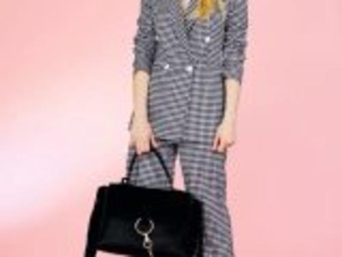 #Moda: #AnnaritaN inquadra la tendenza vichy in versione cittadina da  (link: http://ift.tt/1TBHmHh )