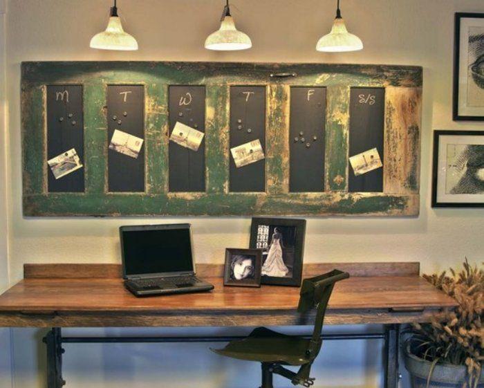 Old Door Recycled -awesome: Salvaged Doors, Chalkboards Paintings, Bulletin Boards, Chalk Boards, Memo Boards, Old Doors, Week Planners, Home Offices, Vintage Doors