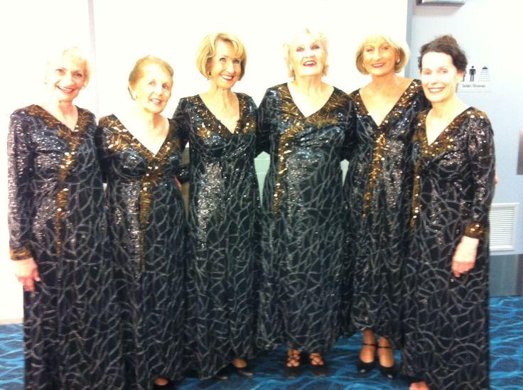 SUNDOWNER cast, Tivoli Lovelies - Lillian Paranos, Maureen Johnson, Carole Drever, Audrey Martinelli with Jackie Rees and Helen Morse