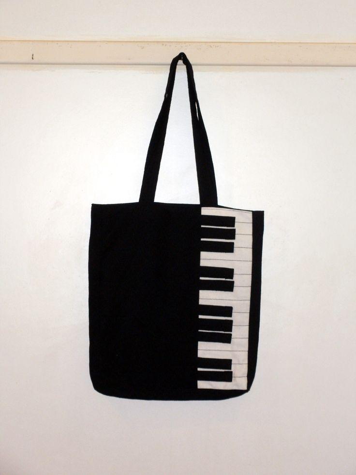 zongora-táska megrendelésre készült