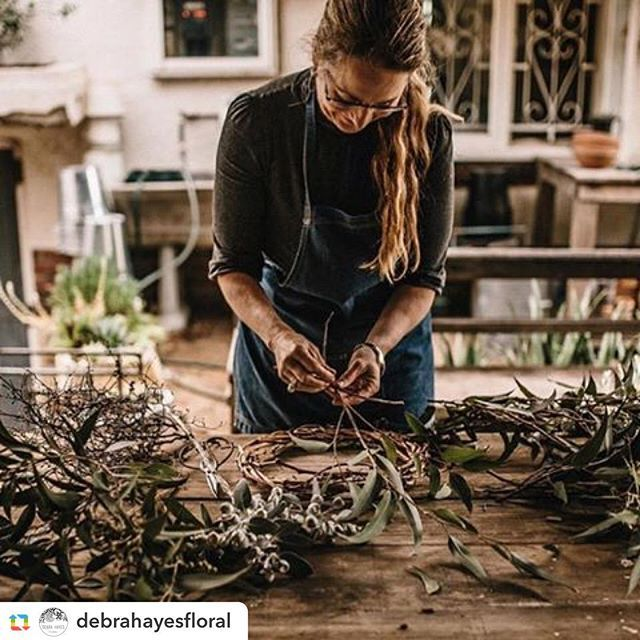 Foraged wreath workshop. Make your own bespoke wreath to hang in your home. Two hour workshop including demonstration and tuition, all blooms and treats.