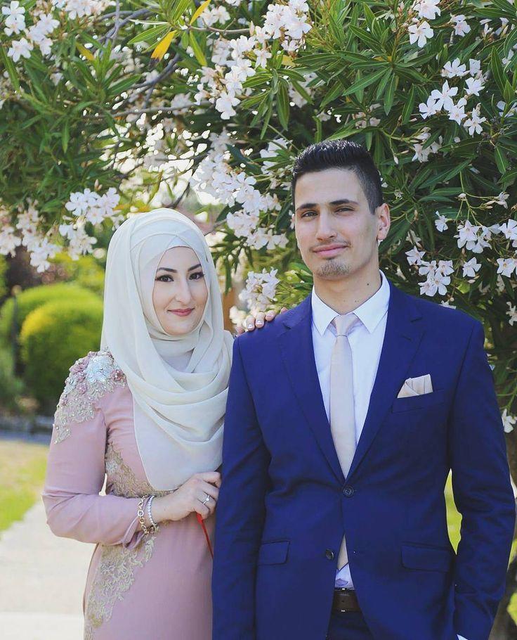 Dress by  @the_bhr Hijab Styling  @the_haya_atelier #likes #hijabi #instalike #tesettür #instadaily #likeforlike #hijabfashion #engaged #like4like #elbise #nişan #düğünfotoğrafçısı #instamood #aşk #gelin #düğün #instaphoto #nişanlık #kapalı #çekim #smile #çiçek #cute #tesettur #makyaj #food #gorgeous #gelinlik #modestbride #gelindamat by bbphotofilms