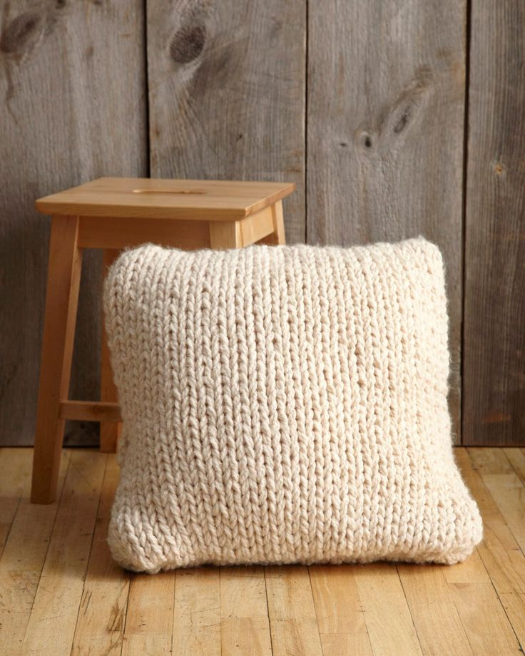 Big Stitch Knitting Patterns : 54 best Knitted Cushion Patterns images on Pinterest Knitting patterns, Cus...