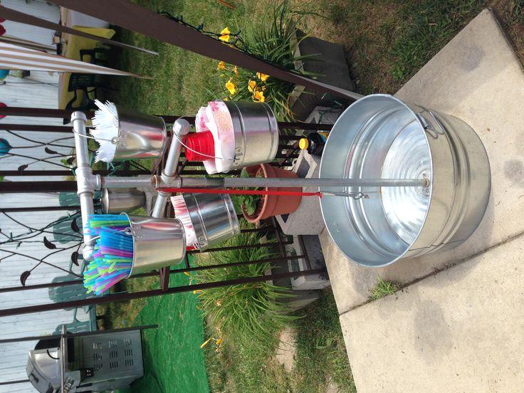 X-Lg ice ice bucket!  Idea from: http://lilluna.com/beverage-station/