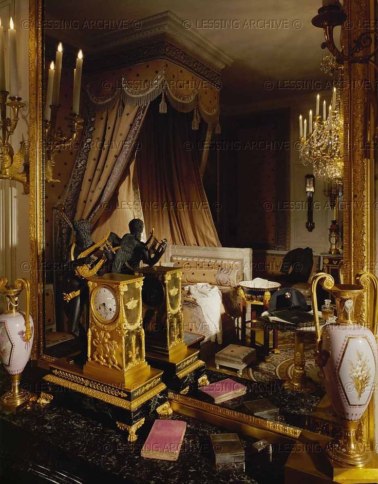 PERIOD:EMPIRE INTERIORS:ALL 19TH      The bedroom of Emperor Napoleon I. in Versailles. Woodwork executed under Louis XV      Grand Trianon, Versailles, France