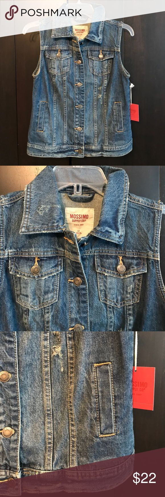 NWT Mossimo sleeveless jean jacket NWT Mossimo sleeveless jean jacket. I bought the wrong size ☹️ Mossimo Supply Co Jackets & Coats Jean Jackets
