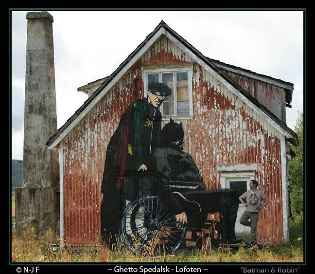 #streetart #dolk  Batman og Robin. Pølp og Dolk kunst i lofoten