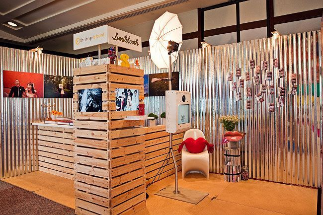 Wooden Exhibition Booth : Wood apparel trade show booth bridal the
