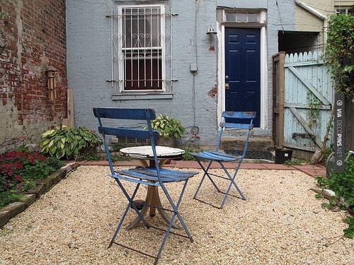 de10e9d152bb930df3236b5d6d26f7d8 South West Brick Pea Gravel Garden Design on