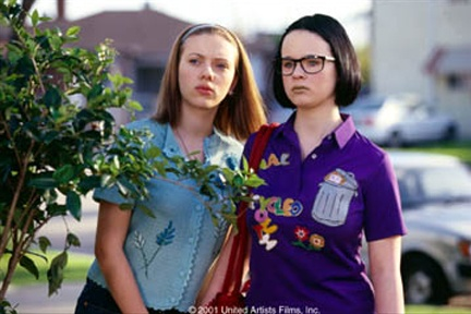 THORA BIRCH (right) and SCARLETT JOHANSSON in Ghost World