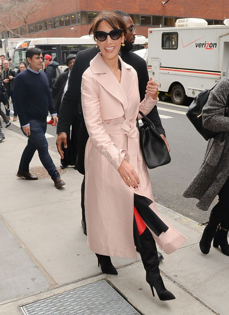 Jennifer Beals stepped out looking absolutely gorgeous in NYC this week. (Photo by Raymond Hall/GC Images) via @AOL_Lifestyle Read more: https://www.aol.com/article/entertainment/2017/03/01/kendall-jenner-gigi-hadid-bella-hadid-paris-fashion-week/21865886/?a_dgi=aolshare_pinterest#fullscreen