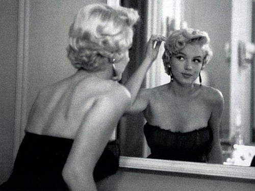 Marilyn. I love this shot.