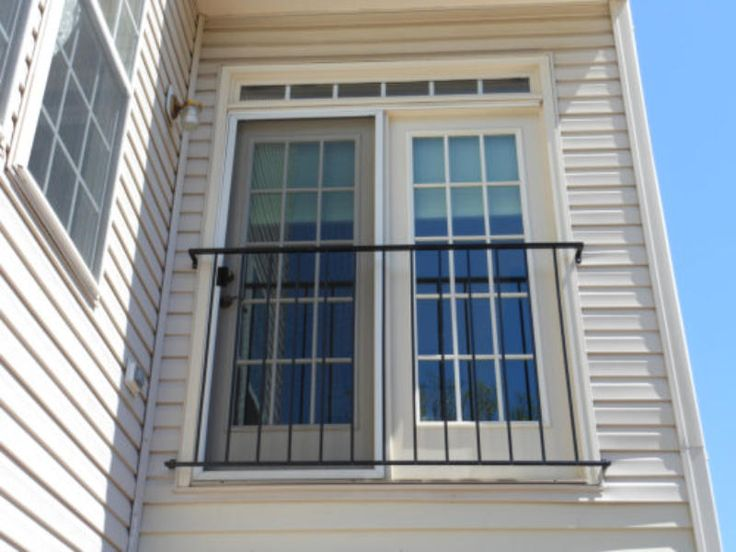 Simple Iron Barrier Railing Iron Barriers Door & Railing Angles ~ Railing Ideas for Your Home Design Pezcame.Com