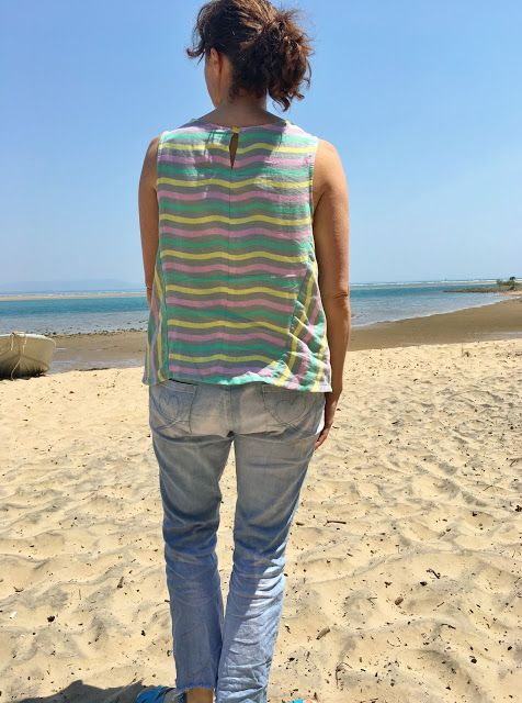 Bloom's Endless Summer: Vogue 9258 loose tank top, twice