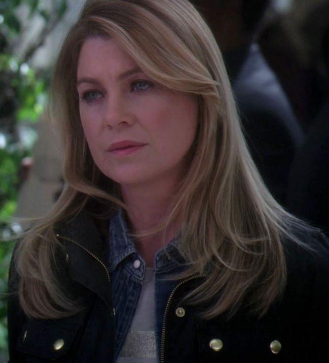 Meredith Grey wore a J.Crew Bar-Stripe Tee on Grey's Anatomy. Shop it: http://www.pradux.com/jcrew-bar-stripe-tee-28953?q=s59