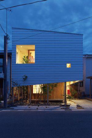 入賞 - 2015受賞作品 - 住まいの環境デザイン・アワード2016 人と環境と住空間デザインの真の融合をめざして