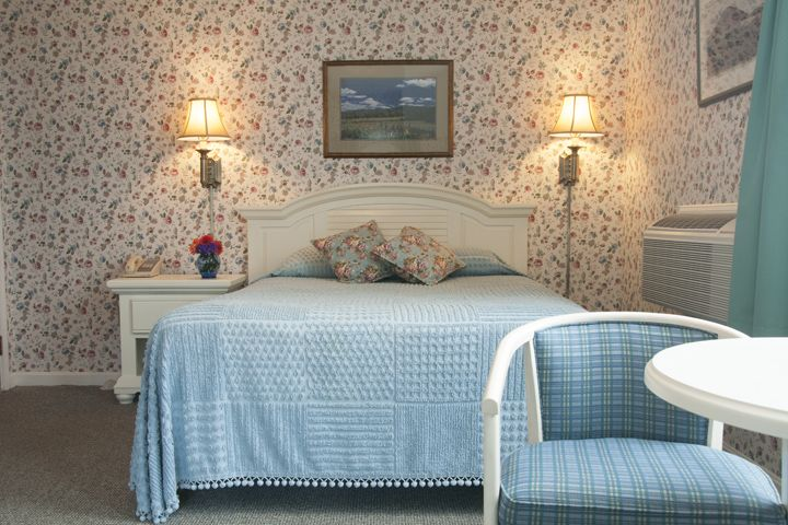 Comfortable Lodging In Gorham, New Hampshire Http://www.topnotchinn.com