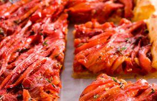 Recept voor hartige taart met rode en oranje paprika's | Vers van de Teler