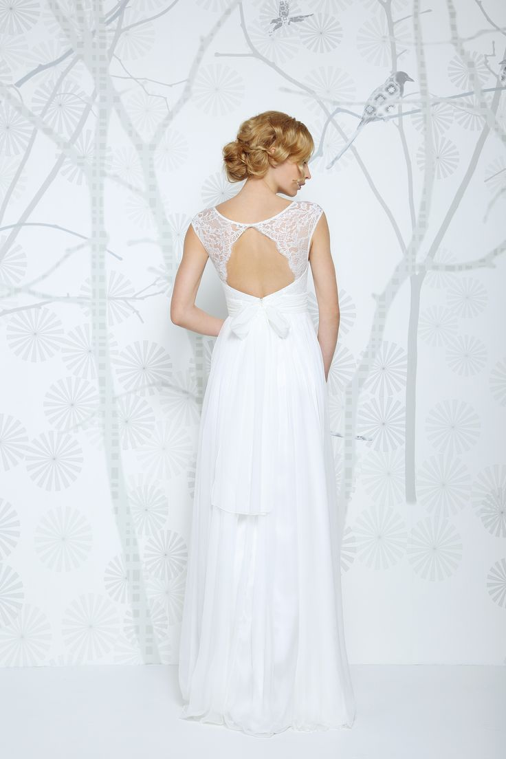 SADONI wedding dress ELOISE in flowy silk chiffon and authentic French lace top. A romantic and modern look.