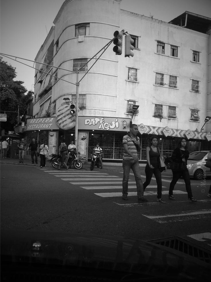 Arepera en Santa Mónica #restaurant #street #photography #caracas #calles #avenidas #arepa