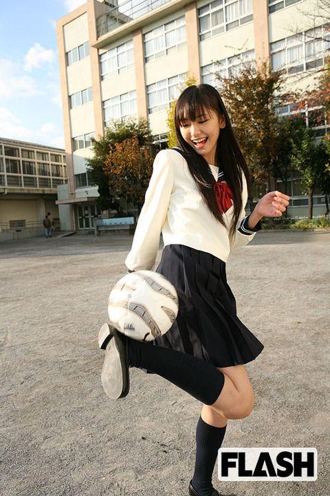 【画像】可愛すぎる!18歳~「新垣結衣」秘蔵写真を一挙だし! : 芸能ネタはこれだけでおk