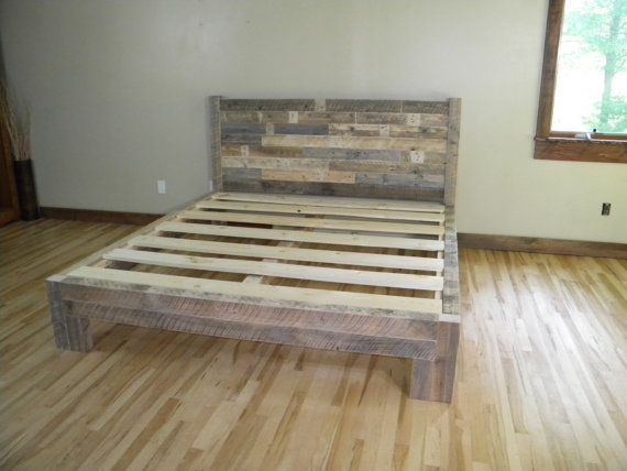 Twin bed platform and platform on pinterest for Pallet bed frame with side tables
