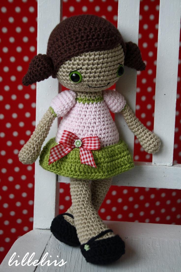 PATTERN Sofia doll crochet amigurumi por lilleliis en Etsy