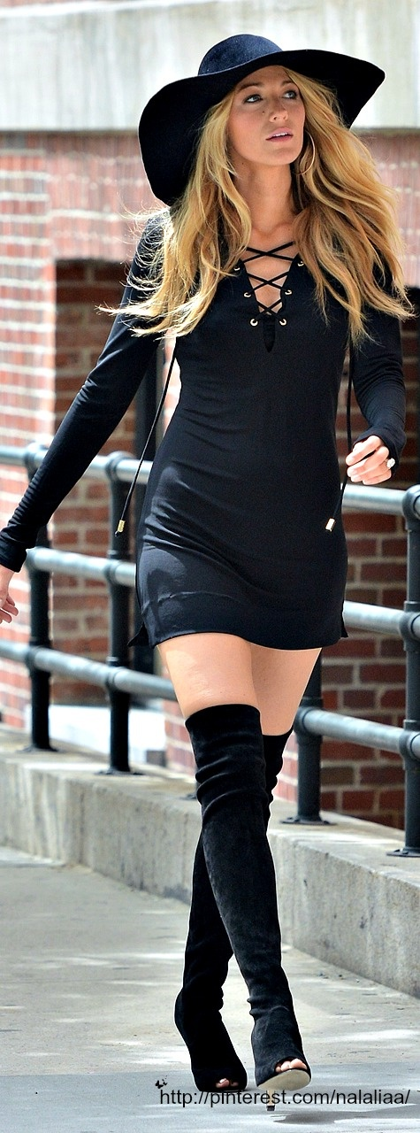 On anyone else there hooker boots, on Blake Lively it's high fashion. Go Blake!