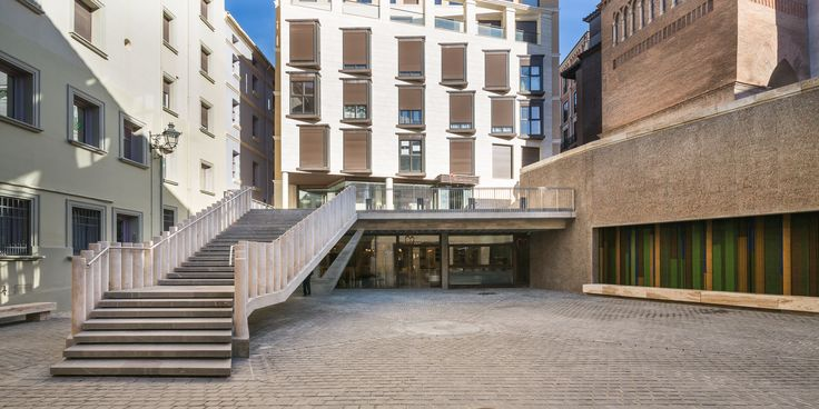 Plaza de los Amantes de #Teruel #arquitectura #architecture #España  Descubría más en