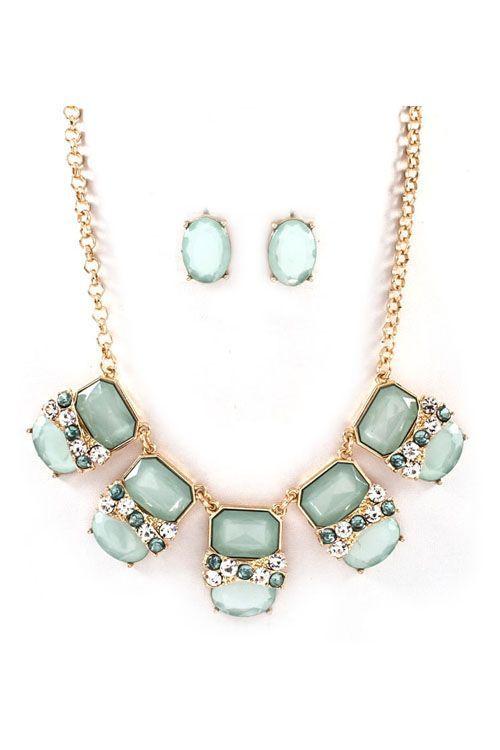 Mint Necklace & Earrings.