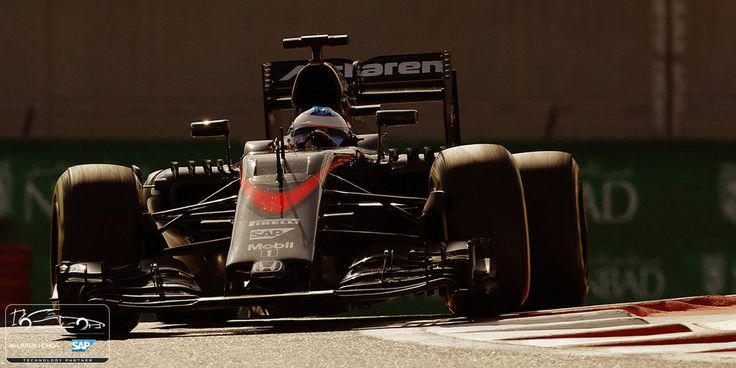 Alonso McLaren F1 Yas Marina - I predict that he will take a year out !