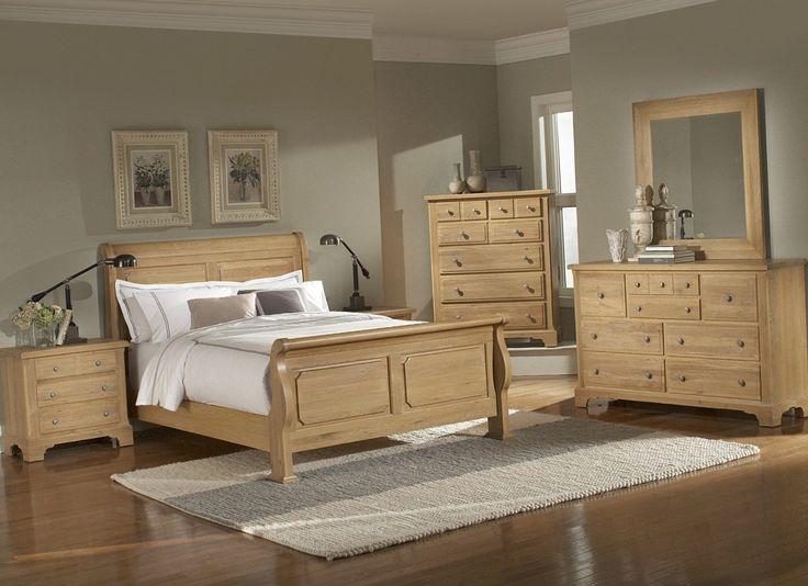 Light wood bedroom - https://bedroom-design-2017.info/style/light-wood-bedroom.html. #bedroomdesign2017 #bedroom